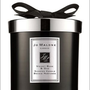 Jo Malone Velvet Rose & Oud candle